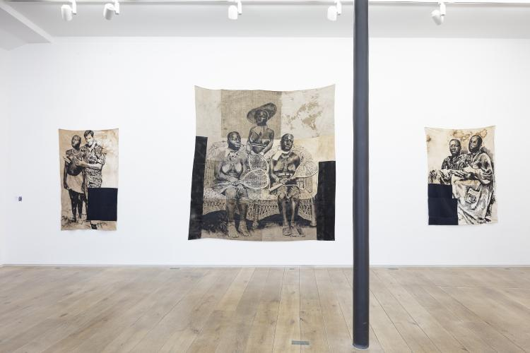 Roméo Mivekannin, Black skins, white masks, 2020, exhibition view at the Eric Dupont gallery. © galerie Eric Dupont, Paris