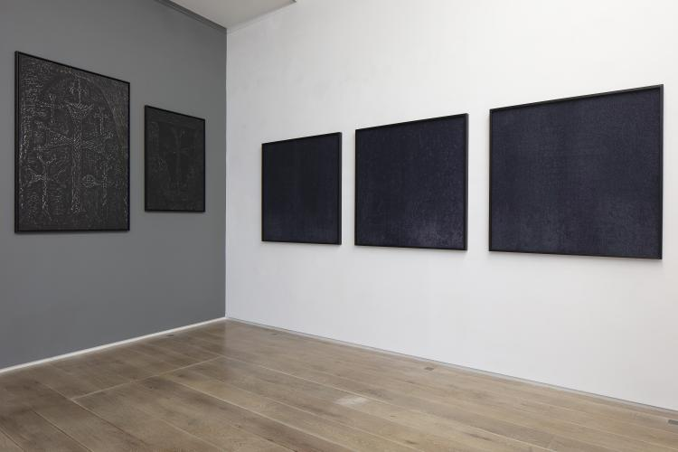 Pascal Convert,<br /> Three trees, Exhibition view, 2019<br /> © galerie Eric Dupont, Paris